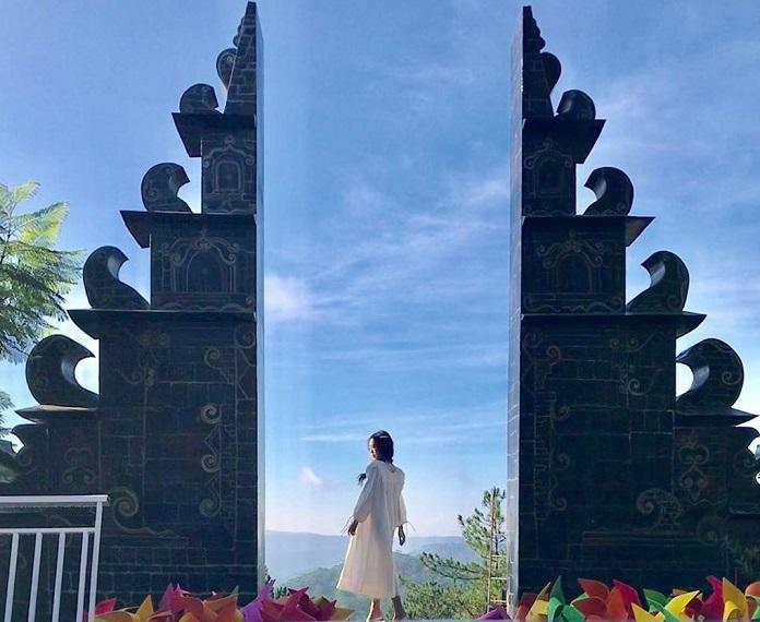 Cổng trời Bali - Green Hills là nơi bạn tạo cho mình những bức ảnh hết sức ảo diệu.