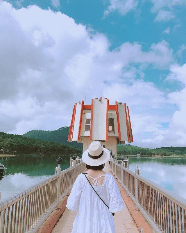 Hồ Tuyền Lâm Đà Lạt là một trong những điểm bạn không thể bỏ qua khi đến với Đà Lạt.
