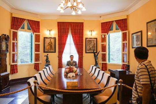 Phòng làm việc của vua Bảo Đại.