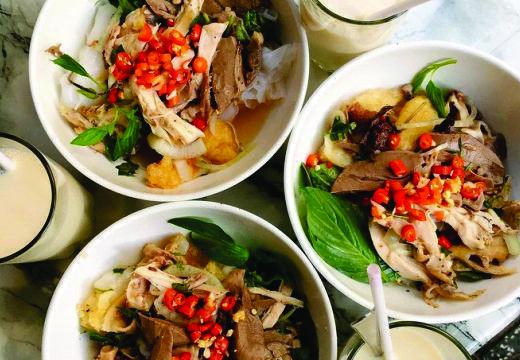 Bánh ướt lòng gà Trang vô cùng thơm ngon.