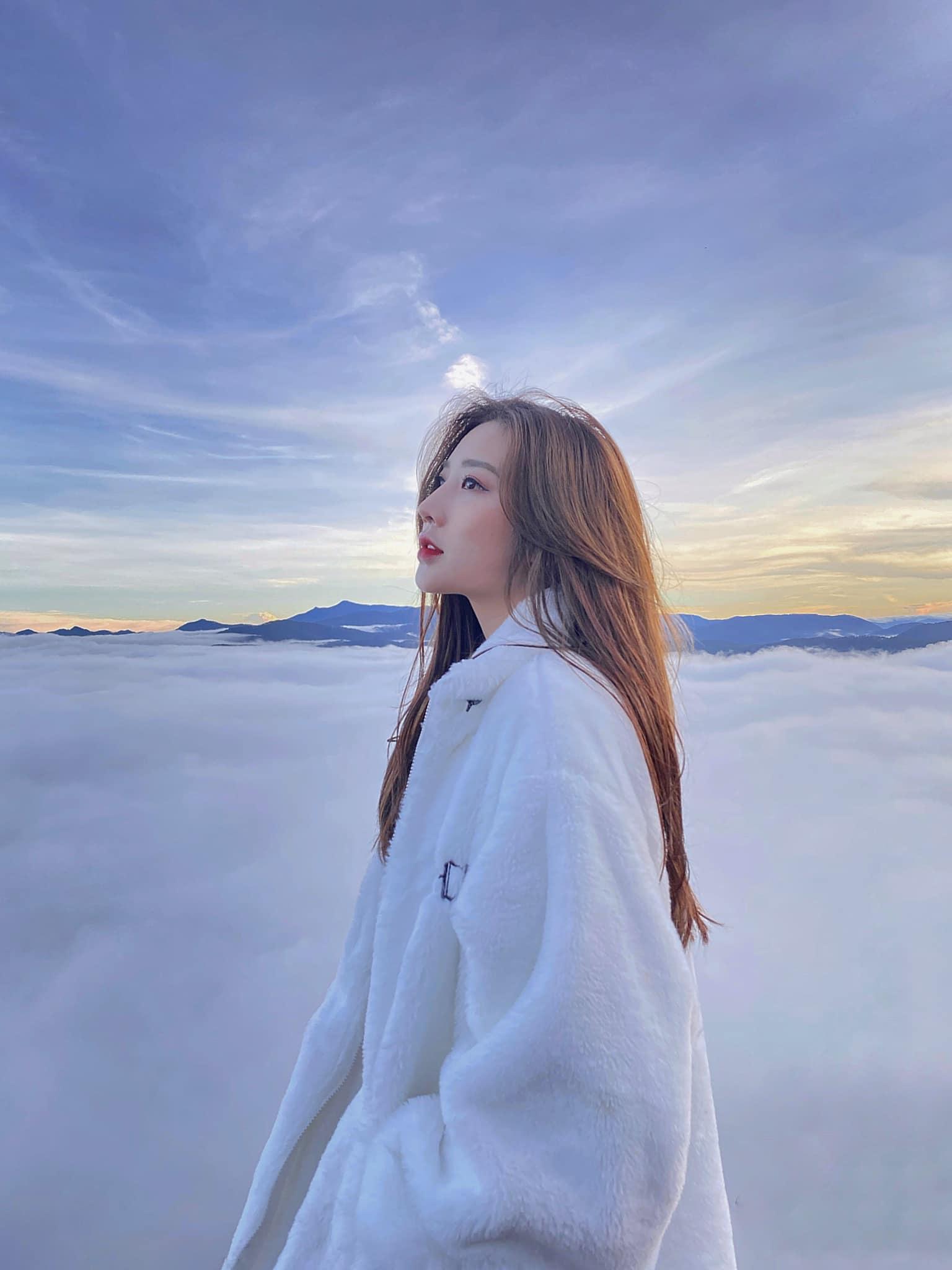 Đà Lạt tháng 1 là thời điểm tuyệt vời để đi săn mây sáng sớm đón bình minh.